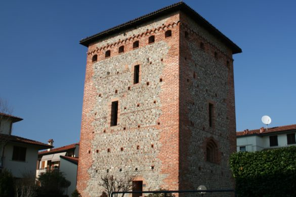 Torre di Via Castello
